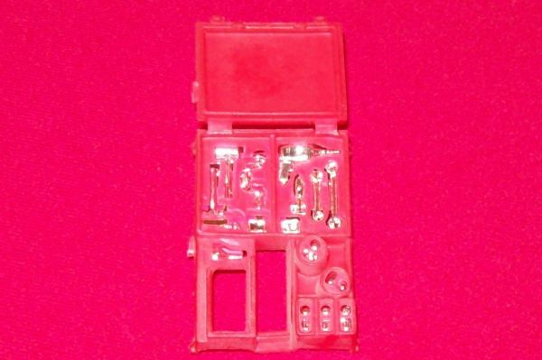 CORGI TOYS 490 VW Recovery Red plastic equipment boxes with chrome tools insert